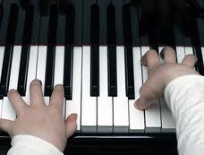 kid hands piano